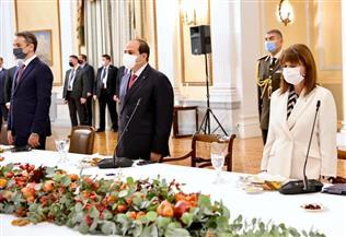 الرئيس السيسي يشارك في مأدبة عشاء رسمية أقامتها رئيسة اليونان تكريما له | صور