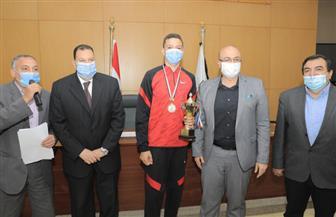 محافظ بني سويف يكرم طلائع مشروع «أولمبياد الطفل المصري» | صور