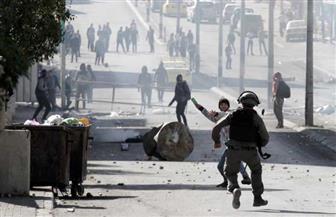 إصابة عشرات الفلسطينيين بالرصاص المعدني والاختناق بالضفة الغربية والخليل