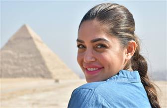 ملكة جمال بريطانيا: «لم تر عيني مثل المصريين.. هذا الشعب لذيذ» | صور