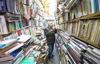 «الكتب والمؤلفات المصرية».. مقصد المثقفين والقراء في سوق «نهج الدباغين» بتونس
