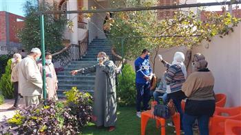 توزيع أدوية وقائية ضد «كورونا» على المخالطين لـ «محمد صلاح» في نجريج بالغربية