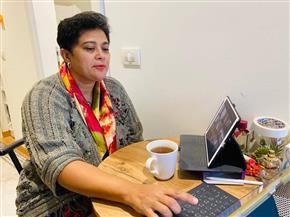 نميرة نجم تلقي محاضرة حول نظام الاتحاد الإفريقي للعقوبات بجامعة «تافت» الأمريكية| صور