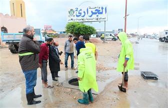 رئيس «الصرف الصحي» بالإسكندرية: استمرار تمركز السيارات ومعدات الشفط للتعامل مع الحالات الطارئة