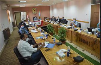 خطة التوسع في خدمات مركز التطوير المهني على طاولة رئيس جامعة سوهاج