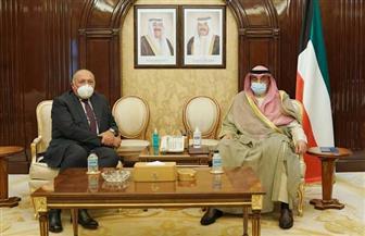 شكري يبحث مع رئيس وزراء الكويت سبل تطوير التعاون المشترك