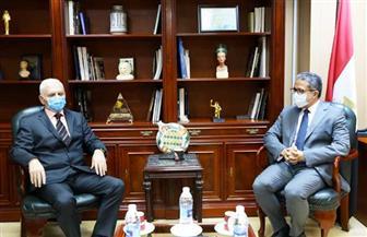 العناني يبحث مع سفير دولة البوسنة والهرسك تعزيز التعاون المشترك في مجال السياحة والآثار
