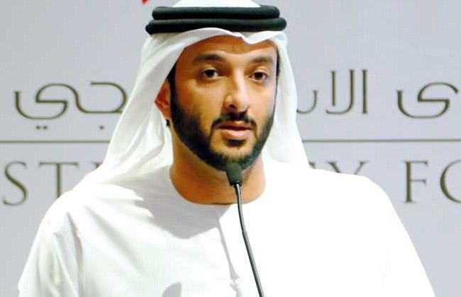 وزير الاقتصاد الإماراتي يزور بريطانيا سعيا لإبرام اتفاق تجاري