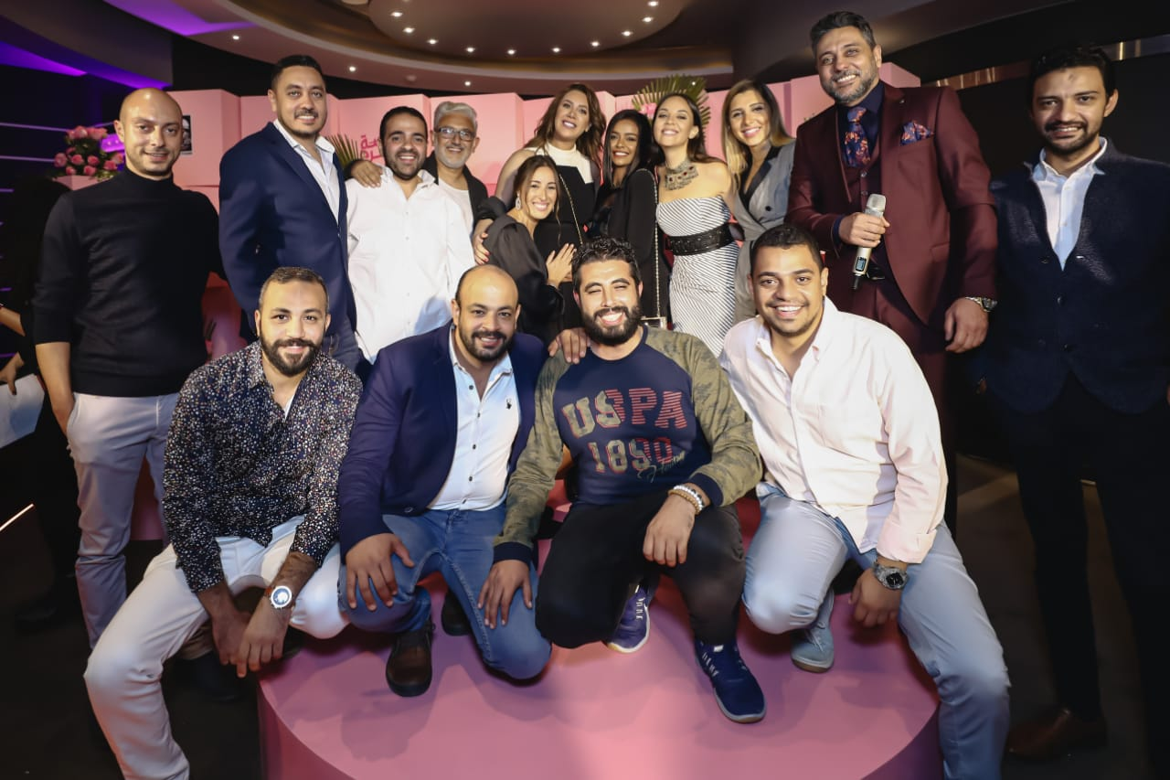 رانيا يوسف و فريق العمل فى المسلسل