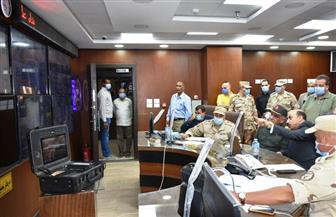 محافظ أسوان يلتقي بوفد مشروع المنظومة الأمنية والمرورية