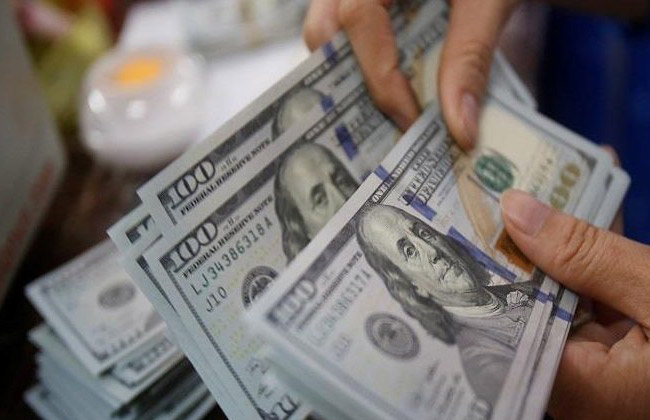 ضبط مدير شركة للاتجار بالنقد الأجنبي خارج نطاق السوق المصرفية بالإسكندرية