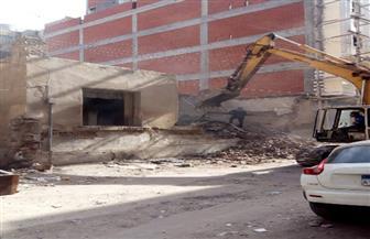 إزالة عقار سكني حتى سطح الأرض في طنطا| صور