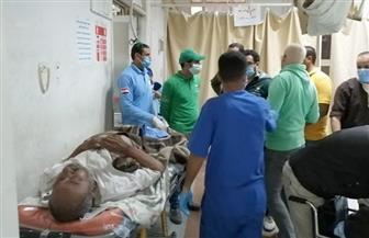 فريق أطفال وكبار بلا مأوى ينقذ مواطنا مقيما بالشارع بوسط القاهرة