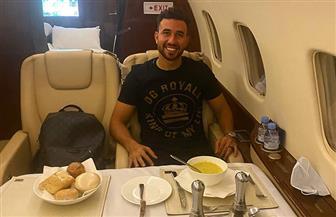 «تريزيجيه» ينشر صوره على متن طائرة أستون فيلا | صور