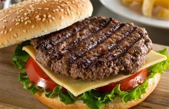 نصائح مهمة لعشاق «البرجر» لتفادي أخطار الكوليسترول والسمنة والقلب والضغط