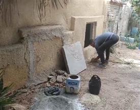تجهيز مقبرة الفنان فايق عزب تمهيدا لدفنه بالإسماعيلية| صور