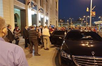 وزير النقل يصل محطة مصر لتوديع الفوج الأول من مشروع قطار الشباب