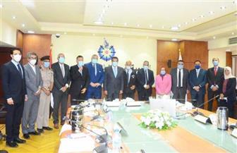 مجلس الجينوم المصري يعقد اجتماعه الأول برئاسة وزير التعليم العالي والبحث العلمي