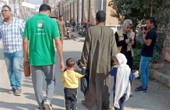 """فريق """"أطفال وكبار بلا مأوى"""" ينجح في دمج فتاة وطفلتين داخل أسرهم في بني سويف والمنيا"""