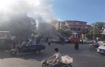 حريق يلتهم سيارة ملاكي في شارع البحر بمدينة طنطا | صور