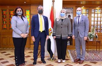 """""""القباج"""" تجتمع مع المدير الإقليمي للاتحاد الدولي لجمعيات الصليب والهلال الأحمر"""