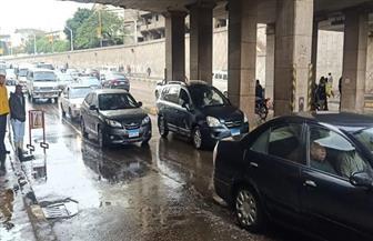 كثافات مرورية بالشوارع والمحاور الرئيسية بعد هطول أمطار كثيفة بالقاهرة والجيزة