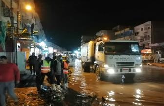 استمرار حالة الطوارئ بكفر الشيخ.. ومعدات مجالس المدن ترفع مياه الأمطار من الشوارع|صور