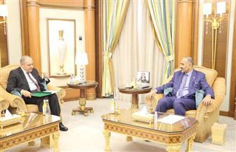 السفير المصري في اليمن يؤكد موقف مصر الثابت الداعم لليمن ودعم الحكومة الجديدة