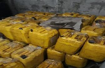 ضبط مصنع لتعبئة زيوت الطعام بدون ترخيص بمكونات مجهولة المصدر بالقاهرة
