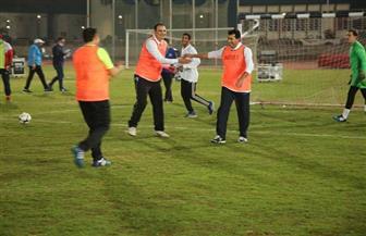 مباراة استعراضية بمشاركة وزراء الرياضة والتعليم العالي في افتتاح دوري الوزارات