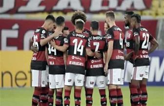 فلامينجو يهزم كوريتيبا بثلاثية ويتصدر الدوري البرازيلي