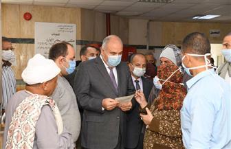 محافظ قنا: حصر الأدوية الناقصة في عيادات التأمين الصحي | صور