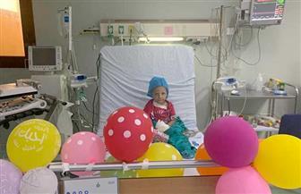 جامعة أسيوط: نجاح فريق طبي مكون من 13 طبيبا في إنقاذ حياة طفلة باستئصال ورم سرطاني بالكلى   صور