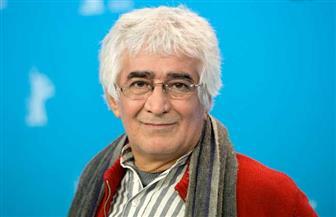 وفاة السينمائي الإيراني كامبوزيا برتوي بعد إصابته بكوفيد-19