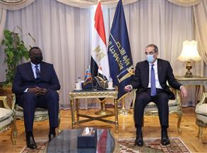 وزير الاتصالات يلتقي نظيره الكونغولي لبحث التعاون بين البلدين في مجالات التحول الرقمى وبناء القدرات
