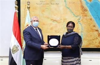 القصير يبحث مع وزيرة الزراعة بجنوب السودان التعاون في مشروعات مشتركة بين البلدين | صور