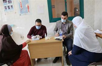 توقيع الكشف الطبي على 548 مواطنا في قافلة طبية لجامعة الفيوم | صور