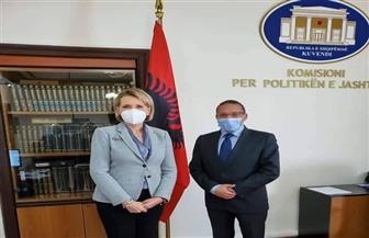 رئيسة لجنة العلاقات الخارجية بالبرلمان الألباني تستقبل السفير المصري بتيرانا | صور