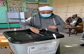 شقيق-شيخ-الأزهر-يدلي-بصوته-في-إعادة-انتخابات-النواب-بالأقصر-|-صور