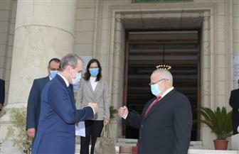 رئيس جامعة القاهرة يستقبل سفير بيلاروسيا ويبحثان التعاون الأكاديمي والبحثي | صور