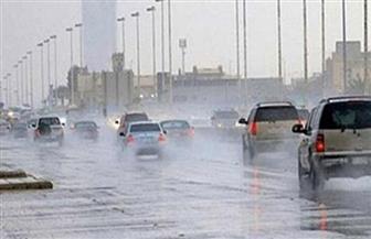 """""""المرور"""" تناشد قائدي السيارات الالتزام بالسرعة بسبب الأمطار"""