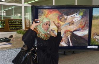 فنانة تشكيلية يمنية: لم أشعر بالغربة بمصر.. ولمست الطمأنينة في الريف | فيديو