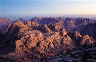 شباب الوفد يصعدون جبل موسى في زيارتهم لمشروع التجلي
