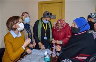 تسليم مساعدات واحتياجات أساسية لـ 150 أسرة من متضرري الأمطار بعزبة الشامي في الإسكندرية | صور