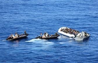 فرنسا تنقذ 84 مهاجرًا خلال محاولتهم عبور بحر المانش