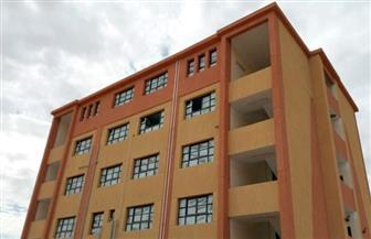 استمرار أعمال تطوير 4 مدارس بمدينة إسنا جنوب الأقصر| صور