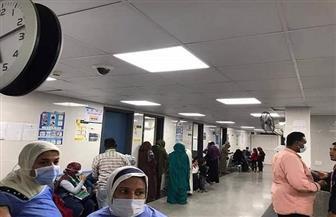 الكشف على 866 مواطنا خلال قافلة طبية مجانية لجامعة القاهرة بحلايب والشلاتين | صور