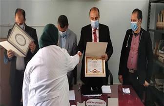 """صحة المنيا تكرم الفرق الطبية والعاملين بالمبادرات الرئاسية """"100 مليون صحة"""""""