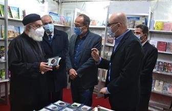 مشاركة كثيفة من المواطنين في معرض الكتاب بالكاتدرائية المرقسية بالإسكندرية| صور