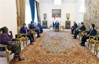 الرئيس السيسي يستقبل وفدا كونغوليا.. ويؤكد مساندة مصر للكونغو في رئاسة الاتحاد الإفريقي| صور